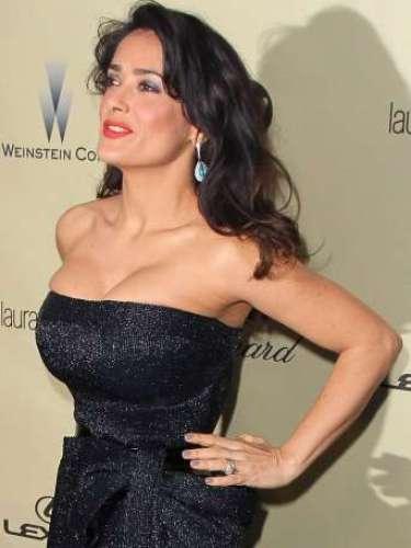 Varías celebridades estan obtando por la tendencia 'push up'. Aquí el recuento de alguna de ellas. En los Globos de Oro Salma Hayek optó por unescote palabra de honor.
