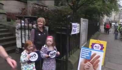 Los escoceses deciden si cambian Escocia, el Reino Unido y Europa Video: