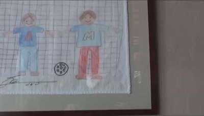 Los dibujos solidarios de Messi y Ronaldo Video:
