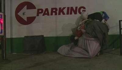 Los Ángeles hace conteo de personas en situación de calle Video: