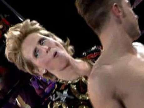 Juan Carlos protagonizó un striptease en el plató de Gran Hermano  Foto: Telecinco