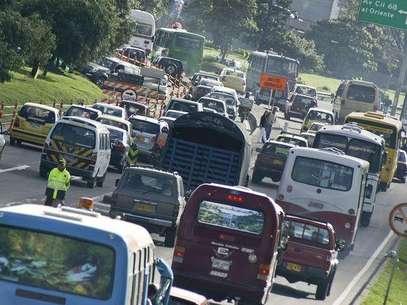 Unos 1.000 buses entraron en proceso de chatarrización, motivo por el cual el Distrito tomó la decisión de levantar el 'Pico y placa' para el servicio público. Foto: John Paz / Terra