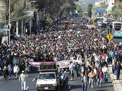 El 18 de enero, miles de maestros disidentes desquiciaron la Ciudad con sus marchas a los Pinos y a la Cámara de Diputados. Foto: Reforma / Archivo.