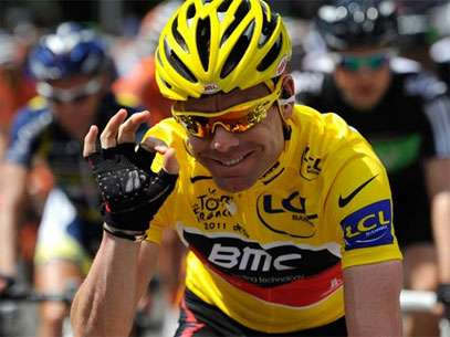 Australian Cadell Evans gets set to defend his title in the Tour de France. Foto: AP in English
