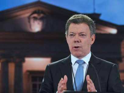 Presidente Santos dice que las Farc y el expresidente Uribe dañan la imagen del país. Foto: Presidencia