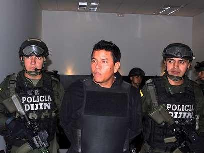 """Camilo Torres, alias Fritanga, """"fue sorprendido minutos después de contraer nupcias, y justo cuando se aprestaba a iniciar la recepción"""" para cerca de 150 invitados en un lujoso hotel de Isla Múcura, explicó la Policía en un comunicado. Foto: Policía Nacional"""