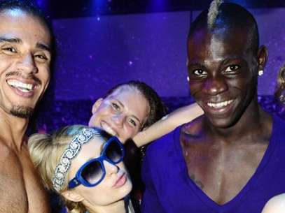 Mario Balotelli and Paris Hilton were partying together in Ibiza. Foto: David Pareja, www.levante-emv.com