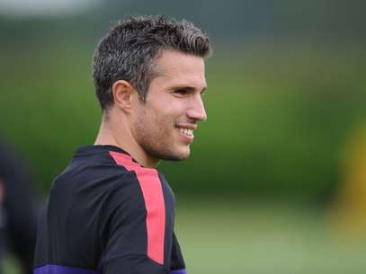 Robin van Persie of Arsenal looks on during a training session at London Colney on July 17, 2012 in St Albans, England. Foto: Getty Images