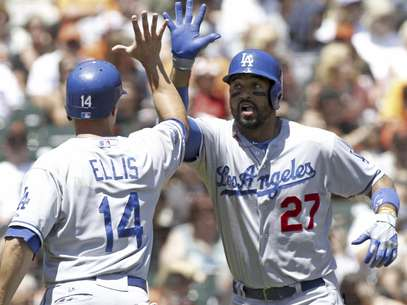 Matt Kemp and the Dodgers had an easy day with the giants.  Foto: George Nikitin / AP