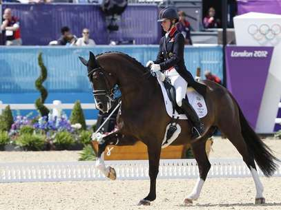 Britain's Charlotte Dujardin rides Valegro during the equestrian individual dressage Grand Prix Day 2 in Greenwich Park at the London 2012 Olympic Games August 3, 2012. Foto: Mike Hutchings / Reuters In English