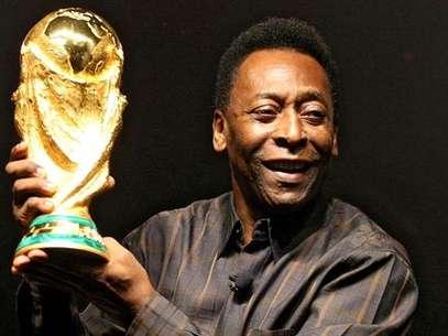 Se planea una película basada en la vida de Pelé Foto: deportes.info