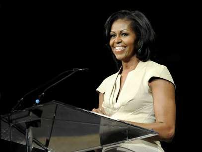 Desde abril, ella encabezó 73 eventos de recaudación de dinero, mientras su esposo luchaba para empatar los fondos multimillonarios de Romney. Foto: AP