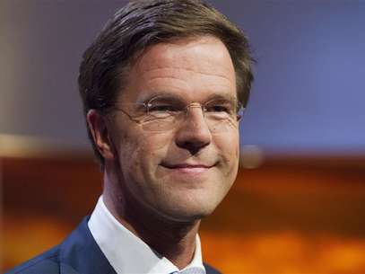 Dutch Prime Minister and Dutch Liberal Party leader Mark Rutte smiles during a political debate in Hilversum August 30, 2012. Foto: Michael Kooren / Reuters In English