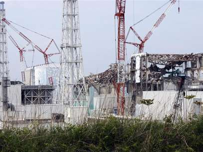 (From L to R) The No. 1, the No. 2, the No. 3 and the No. 4 reactor buildings are seen at the Tokyo Electric Power Co's (TEPCO) tsunami-crippled Fukushima Daiichi nuclear power plant in Fukushima prefecture May 26, 2012. Foto: Pool / Reuters In English