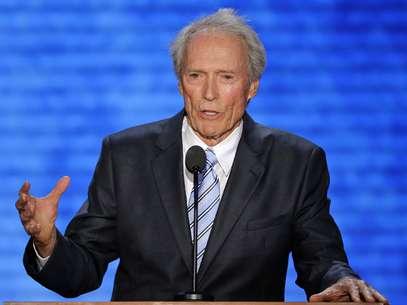 El actor Clint Eastwood se dirige ante los asistentes a la Convención Nacional Republicana en Tampa, Florida, el jueves 30 de agosto de 2012.  Foto: AP