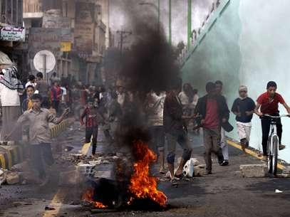 Manifestantes protestan en Sanaa, Yemen, ebfurecidos por el video antiislámico. Foto: AP