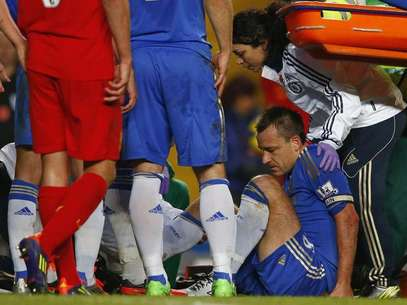 John Terry was injured in Chelsea's match against Liverpool.  Foto: Reuters In English