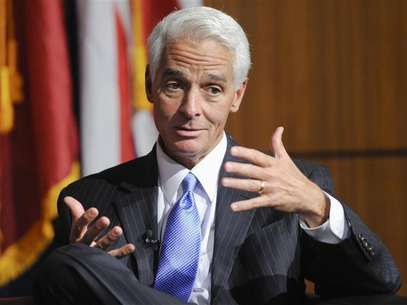 Former Governor of Florida Charlie Crist answers a question during the University of Southern California's Schwarzenegger Institute for State and Global Policy inaugural Symposium in Los Angeles, California, September 24, 2012. Foto: Gus Ruelas / Reuters