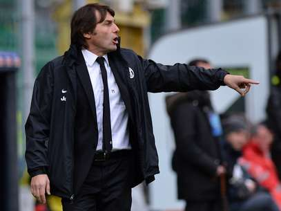 Juventus coach Antonio Conte returned to the bench from a 4-month ban Foto: Getty