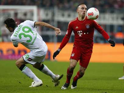 Franck Ribery tries to control the ball during Bayern Munich's 1-1 tie with Borussia Moenchengladbach. Foto: Reuters In English