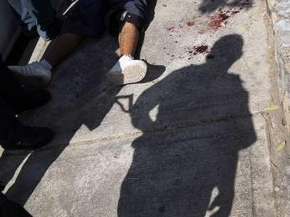 """Dos hombres y una mujer policías fueron arrestados """"por su presunta responsabilidad en los delitos de tortura, abuso de autoridad, uso ilegal de fuerza pública"""", dijo la fiscalía en un comunicado. Foto: Getty Images"""