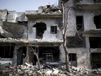 Damaged houses are seen in Aleppo December 24, 2012. Foto: Ahmed Jadallah / Reuters