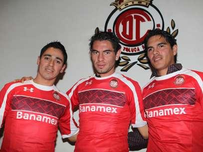 Los tres refuerzos de Toluca ya se pusieron la playera. Foto: Cortesía Toluca
