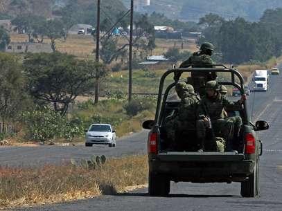 Los militares se enfrentaron a balazos con los presuntos delincuentesy luego iniciaron una persecución. Foto: AFP