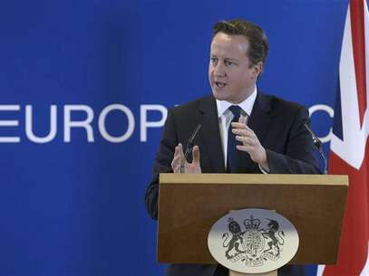 Britain's Prime Minister David Cameron holds a news conference during a European Union leaders summit, in Brussels December 14, 2012. Foto: Eric Vidal / Reuters