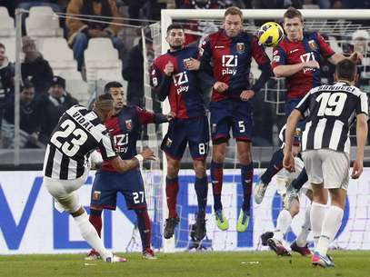 Serie A leaders Juventus drew with 18th place Genoa in Turin.  Foto: Reuters In English