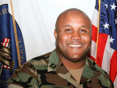This undated photo released by the Los Angeles Police Department shows suspect Christopher Dorner, a former Los Angeles officer.  Foto: AP