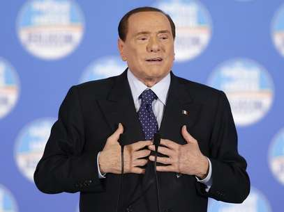 Former Italian prime minister Silvio Berlusconi speaks during a political rally in downtown Rome, February 7, 2013. Foto: Max Rossi / Reuters