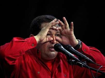 Desde que Chávez asumió el poder los índices de pobreza y desempleo se redujeron a la mitad. Foto: Reuters en español