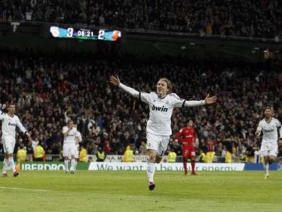 Modric lideró la remontada del Madrid y anotó un golazo de media distancia. Foto: AP