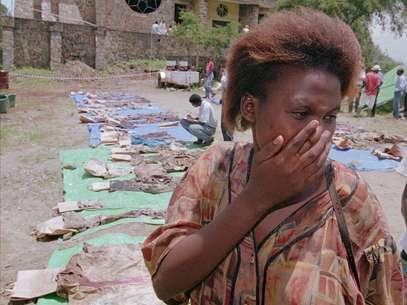 El genocidio ruandés se desencadenó el 7 de abril de 1994 por la violencia etnia hutu contra la tutsi, comunidad que sufrió el mayor número de muertos. Foto: AP