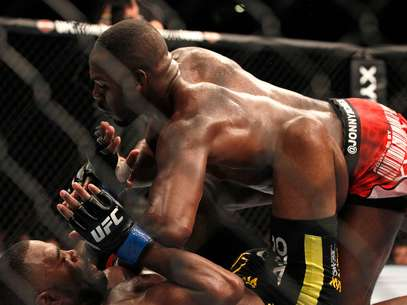 Gran duelo se espera en el octágono entre Jones y Sonnen Foto: Getty Images / Terra