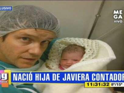 Diego Rougier muestra a su hija con Javiera Contador. Foto: Reproducción