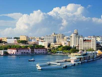 Puerto Rico es un territorio no autónomo de los Estados Unidos y, por lo tanto, necesitamos visa de EE.UU. para entrar en el país. El dólar es la moneda, y el Inglés es el idioma oficial, además de español Foto: Puerto Rico