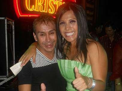 Alex Quiroga Huambachano junto a Tula Rodríguez Foto: Facebook