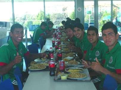 La selección mexicana Sub 17 ya está en Emiratos Árabes Unidos Foto: Cortesía FMF