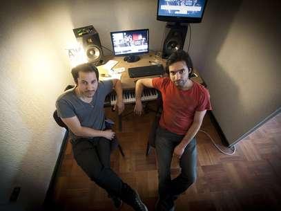 Alejandro y Javier hacen toda la música de la película. Foto: Sergio Piña/Terra