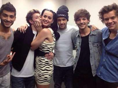 Katy Perry y One Direction Foto: Twitter