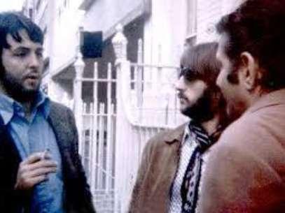 Paul y Ringo escuchando a Allen Klein Foto: Internet