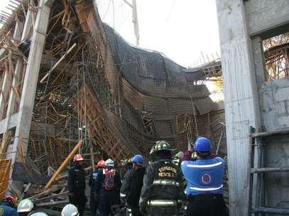 El día del derrumbe, en la obra de la subestación Narvarte de la CFE, murió un albañil y 24 personas quedaron lesionadas en el incidente. Foto: EFE en español