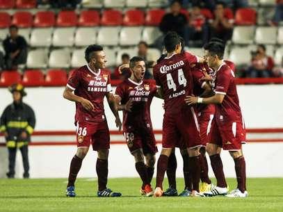 Tecos ganó 4-3 en Aguascalientes al Necaxa y se mantiene como puntero. Foto: Mexsport