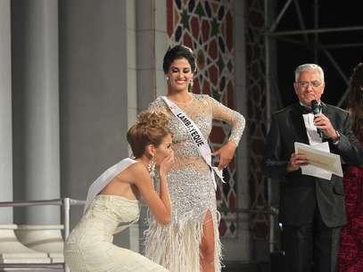 Jimena Espinoza y Ximena Montenegro en el Miss Perú Universo 2014. Foto: Miguel Bustamante / Terra Perú