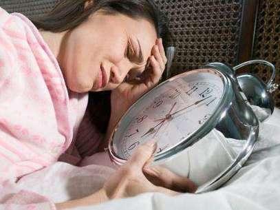 La mayoría de los médicos todavía no reconocen que un sueño único de ocho horas puede no ser natural. Foto: Getty Images