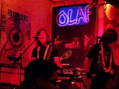 "Ramiro Saavedra, en 2010, cantando con su grupo ""Olaf"" Foto: Gianfranco Di Negro"