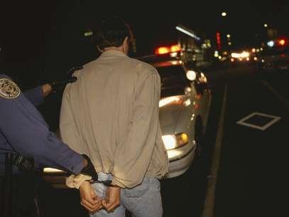Todos los arrestados, entre ellos el maestro de quinto grado de una escuela de Orlando Mathew Chillcott, de 43 años, y Wilson Silva, un residente en Brooksville, de 31 años, incluido en el registro de agresores sexuales, enfrentan cargos por viajar hasta el condado Polk con la intención de tener relaciones sexuales con un menor de edad.   Foto: Thinkstock