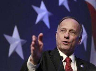 Rep. Steve King, R-Iowa addresses the Conservative Political Action Conference in Washington. Foto: AP